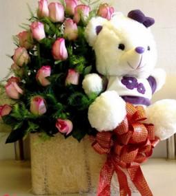 Giỏ hoa và gấu bông tặng sinh nhật ý nghĩa